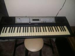 V/t teclado psr e203