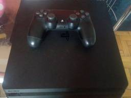 PS4 Slim + 1 controle + uncharted 4