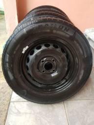 Jogo de roda aro 14 GM Onix