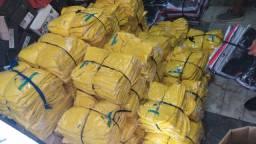 Camisas polo na cor amarela para campanha política.