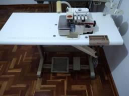 Máquina de costura Overloque Fênix