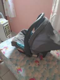 Vendo bebê conforto+ suporte para dorssel em perfeito estado e sem marcas de uso
