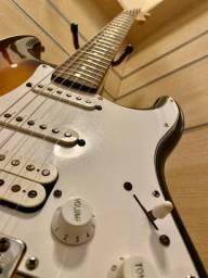 Guitarra Stratocaster Fender