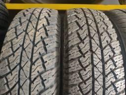 2 pneus 205/70 R15 Bridgestone, estado de zero!!(900$ até 10x sem juros no cartão)
