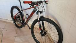 Bike First 29 , quadro 17,5 - Deore