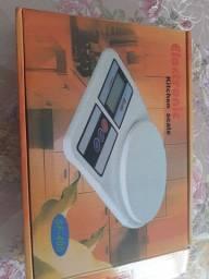 Balança Digital De Cozinha de 1g A 10 Kg nova sem uso
