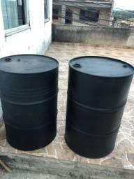 Vendo 2 tambores 200 litros