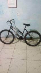 Vendo Bicicleta aro 26 bem conservada toda Boa