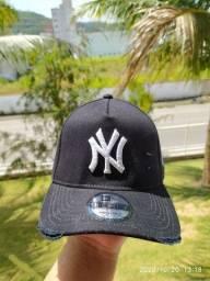 Bonés New Era Yankees DAMAGE DESTROYED  - Produtos Novos