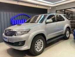 TOYOTA HILUX SW4 SRV 3.0 4x4 DIESEL AT 14-14