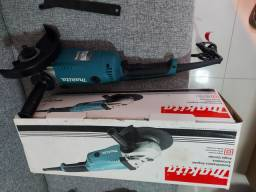 "Esmerilhadeira Angular 180mm 7"" 2200W 220V GA7020 - Makita"