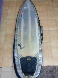 Prancha de surf com capa