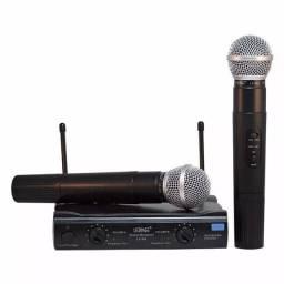 Kit 2 Microfones Sem Fio UHF -Entregado grátis em Alagoinhas
