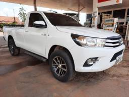 Hilux CB. Simples KM 29.000 Ano 2019