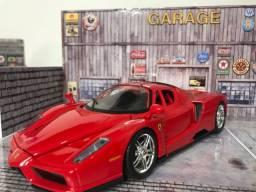 Ferrari Enzo 1/24 miniatura