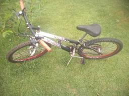 Bicicleta usada aro 24