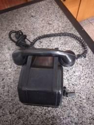 Telefone antigo preto Baquelite de manivela