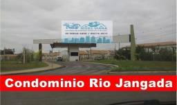 Casa de 03 quartos Condomínio Fechado Rio Jangada