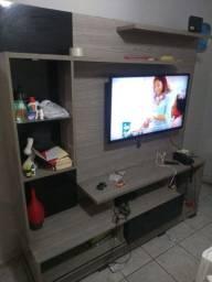 Estante com Painel para TV e iluminação