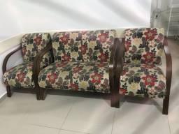 Sofá e poltronas
