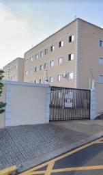 Apartamento area central