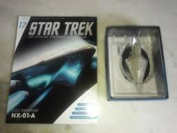 Star Trek - Edição 17 - USS Dauntless NX-01-A (Eaglemoss)