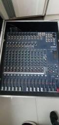 Mesa de som Yamaha 16 Canais
