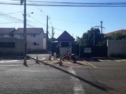 8273 | Apartamento para alugar com 2 quartos em JD. Sao Silvestre, Maringá