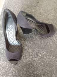 Sandálias Salto (usados apenas 1 vez)