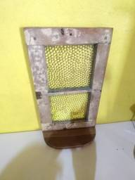 Pequeno Vitro antigo aparador parede