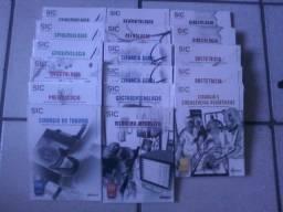 17 livros de questões de Medicina e ilustrações