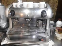 Máquina café expresso com moinho