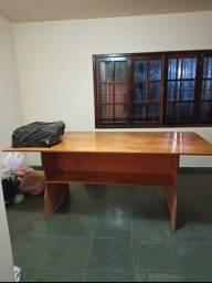 Mesa para corte , artesanato, e artigo em geral em madeira compensado naval