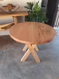 Mesa rústica redonda