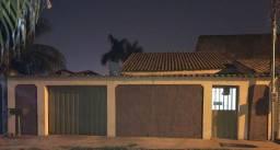 Vende-se casa em Várzea Grande