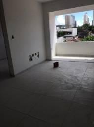 Apartamento no Miramar com 1 ou 2 Quartos, Ótima Localização!
