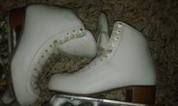 Patins lindo Rye branco semi profissional 34