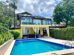 Magnífica casa com 03 suítes em Balneário Camboriú!
