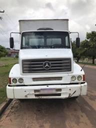 Caminhão Baú Mercedes Benz 1218