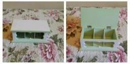 Dia das Mães - Porta Chá em Mdf Branco/Verde com 2 divisórias e Vidro