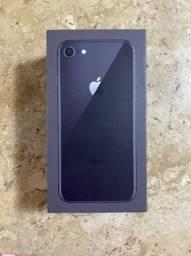 iPhone 8 Preto 64 GB