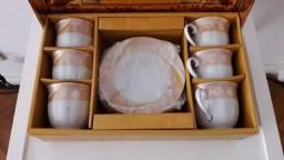Conjunto de xícaras de chá