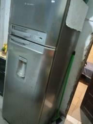 Refrigerado Frost Free Eletrolux