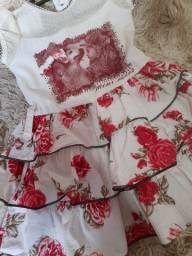 Lindo vestido de flor