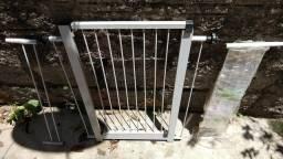 Portão de proteção para porta