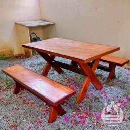Mesa estilo rústico