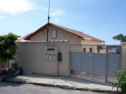 Casa de 2 Quartos - Av. das Torres