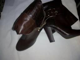 Vendo bota nova n:34