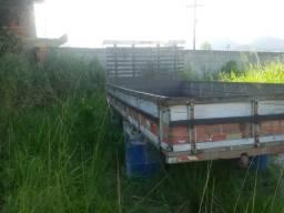 Carroceria de madeira 5m