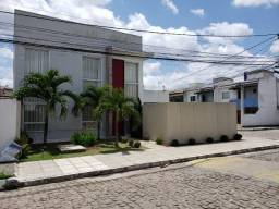Casa na Avenida Fraga Maia